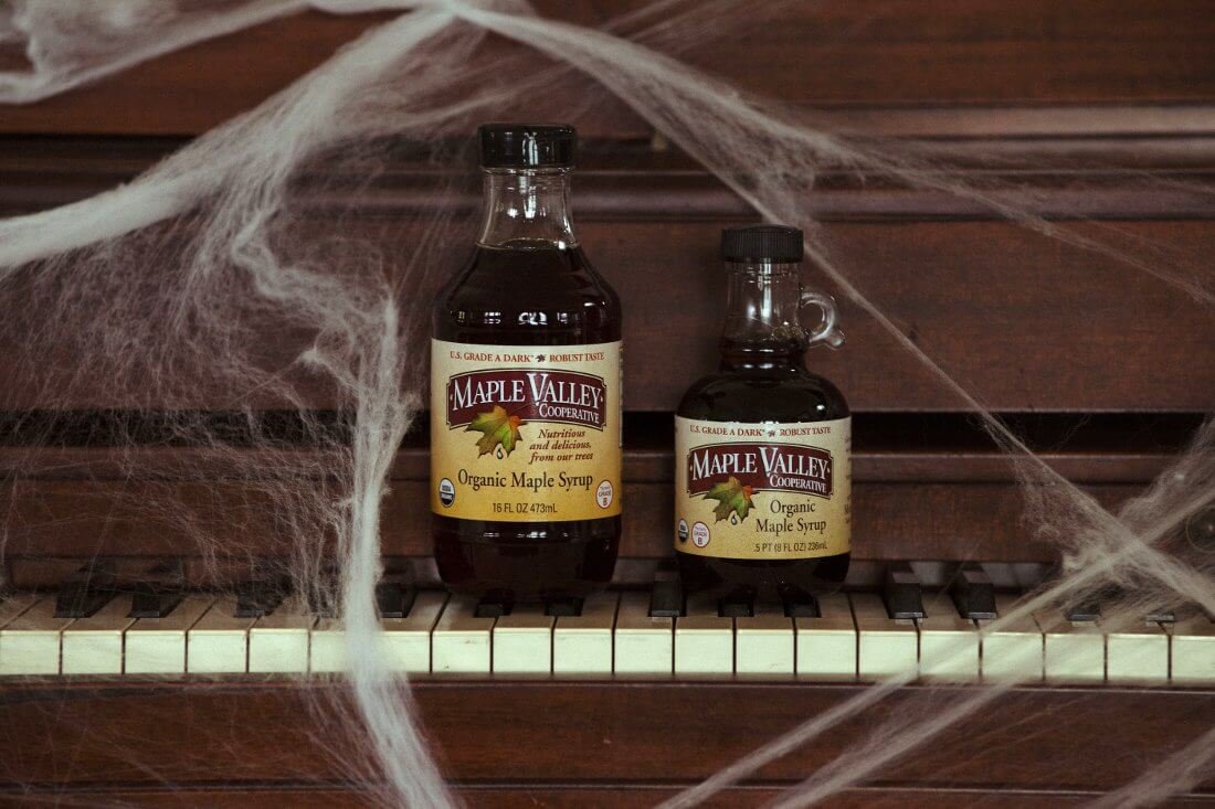 10 Halloween Crafts for Maple Lovers